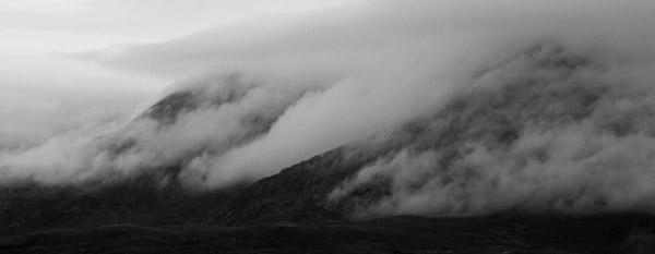 clouds-streaming-off-clisham-on-harris